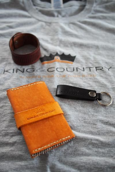 King & Country: Motorcycle Lifestyle Accessories - image 4 - student project