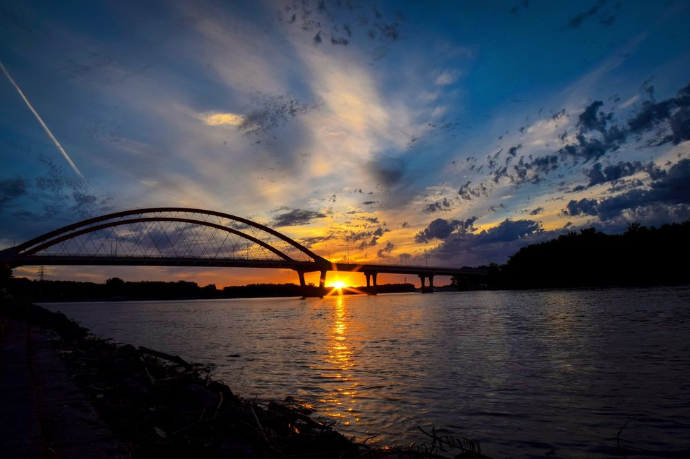Sunset over the river - image 1 - student project