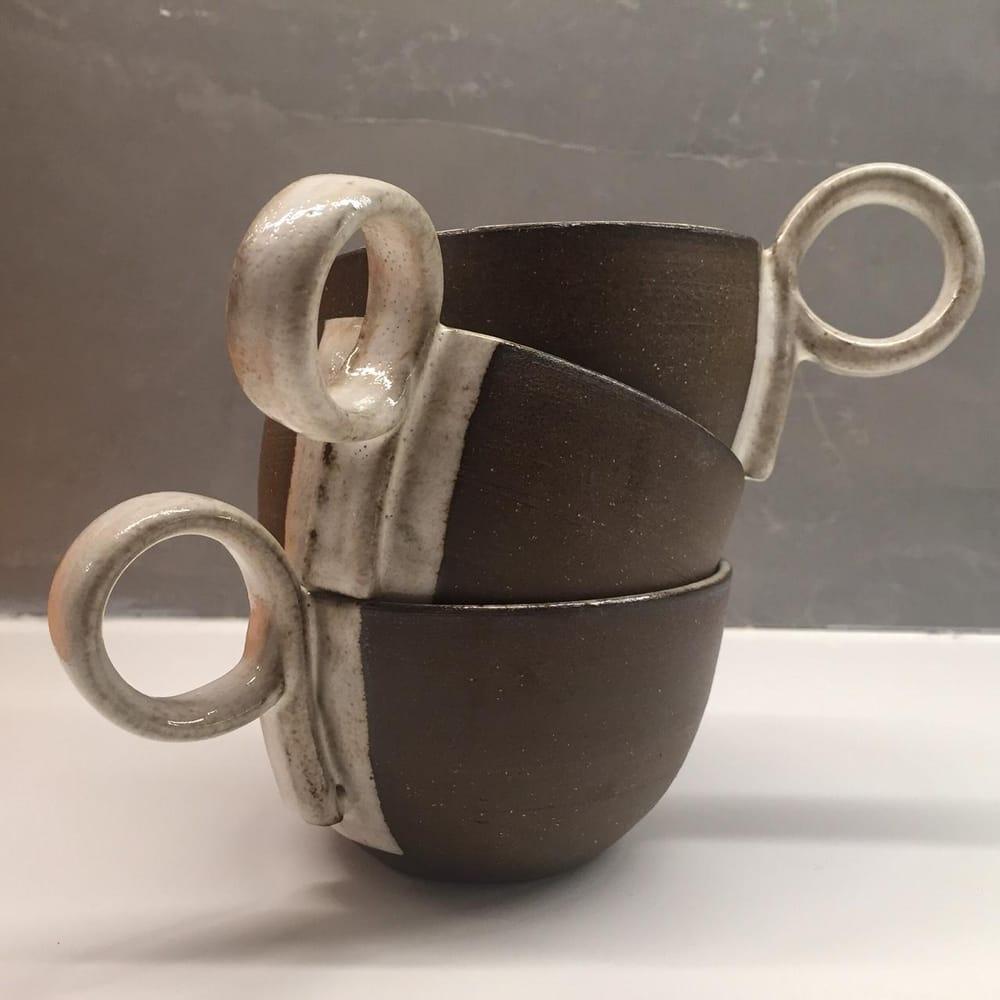 HL's modern mugs - image 1 - student project
