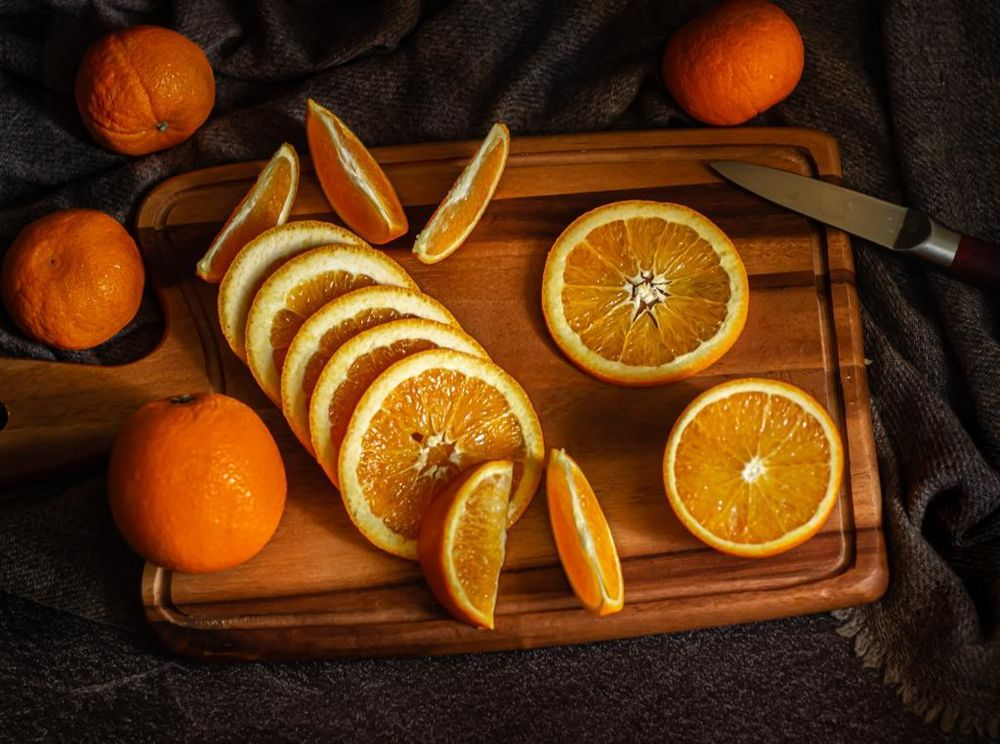 Sorry no donuts! But here, have some oranges! - image 1 - student project