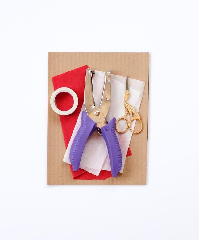DIY Stocking Garland + Advent Calendar - image 2 - student project