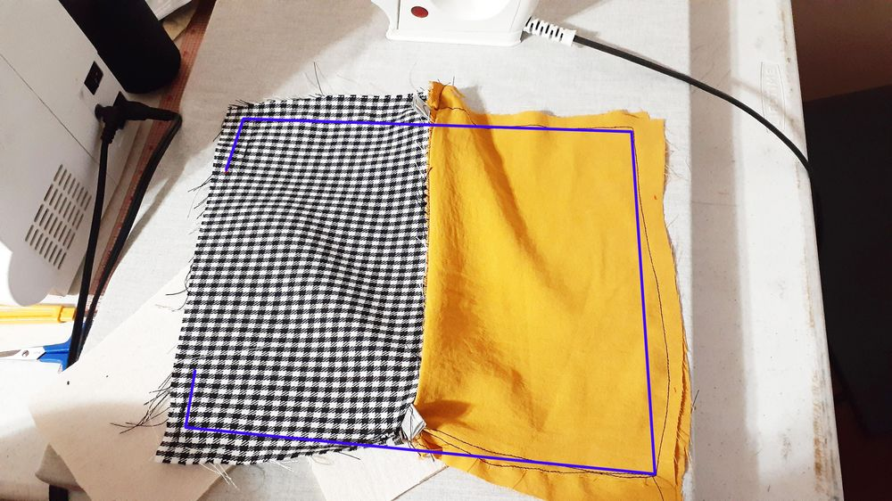Zipper Pouch for ipad - image 1 - student project