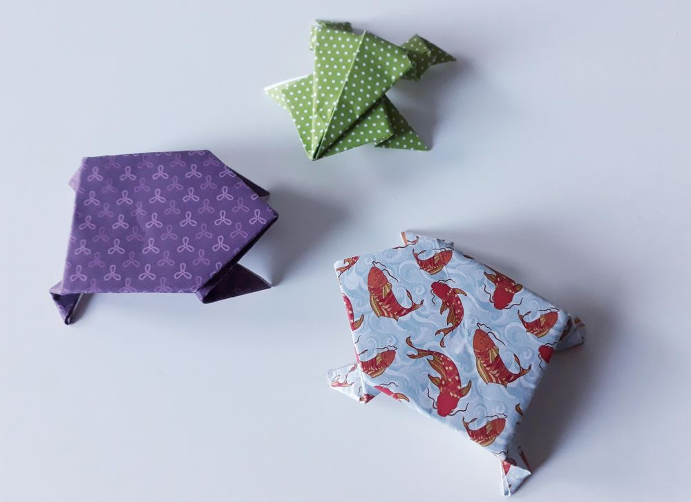 Origami Frogs (^^) - image 1 - student project