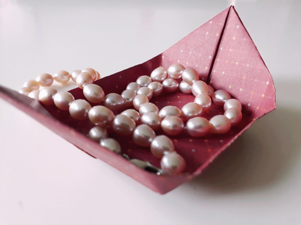 Origami Tray (^^) - image 1 - student project