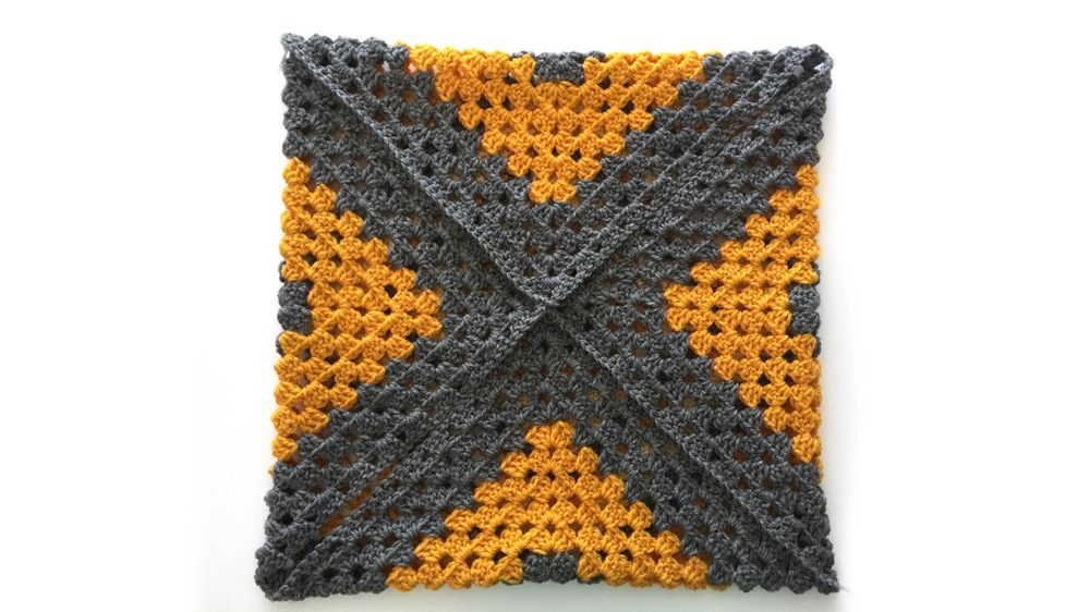 Graphic Granny Square pillow - image 2 - student project