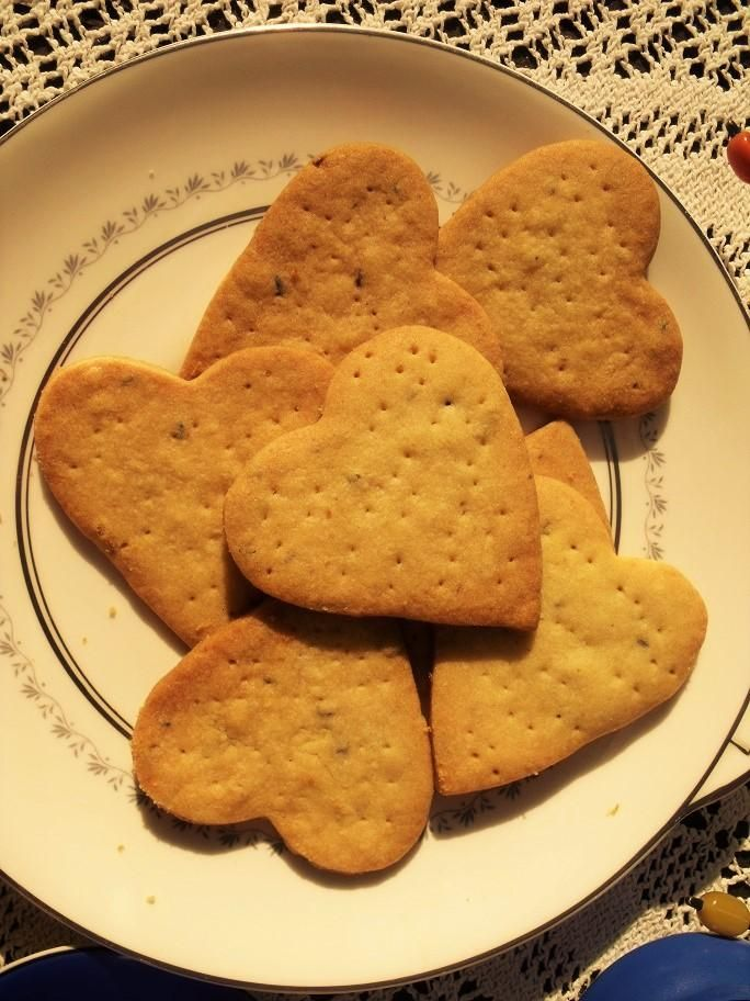 Lavender Shortbread cookies From My Norfolk Kitchen - image 1 - student project