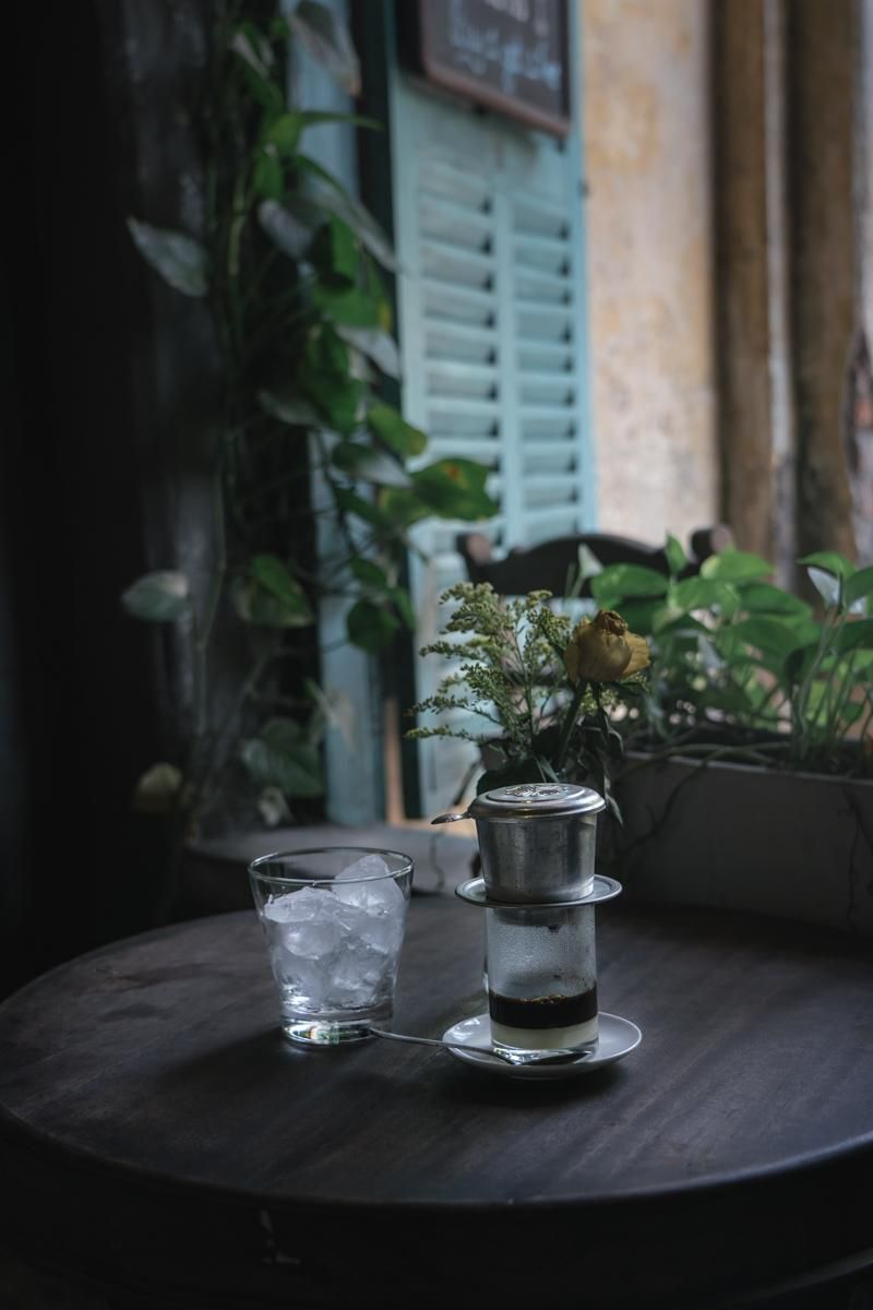 Visit to a local cafe on my vacation in Vietnam - image 3 - student project