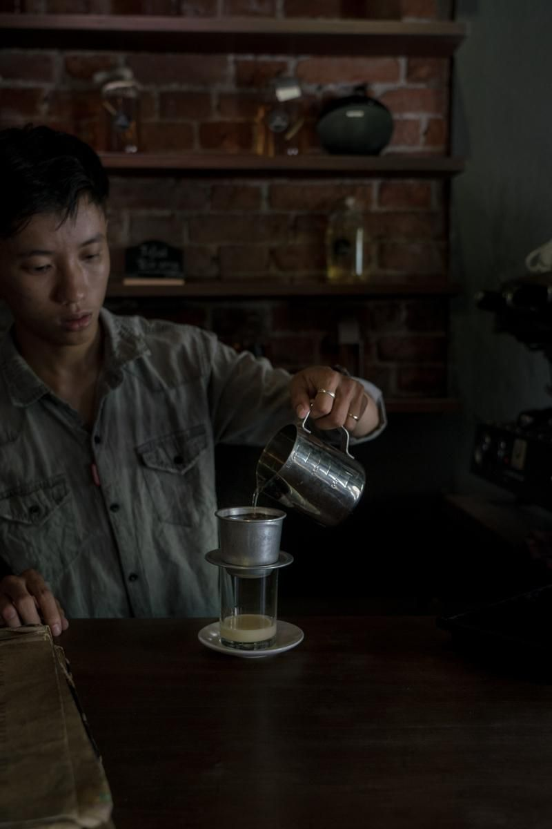 Visit to a local cafe on my vacation in Vietnam - image 1 - student project