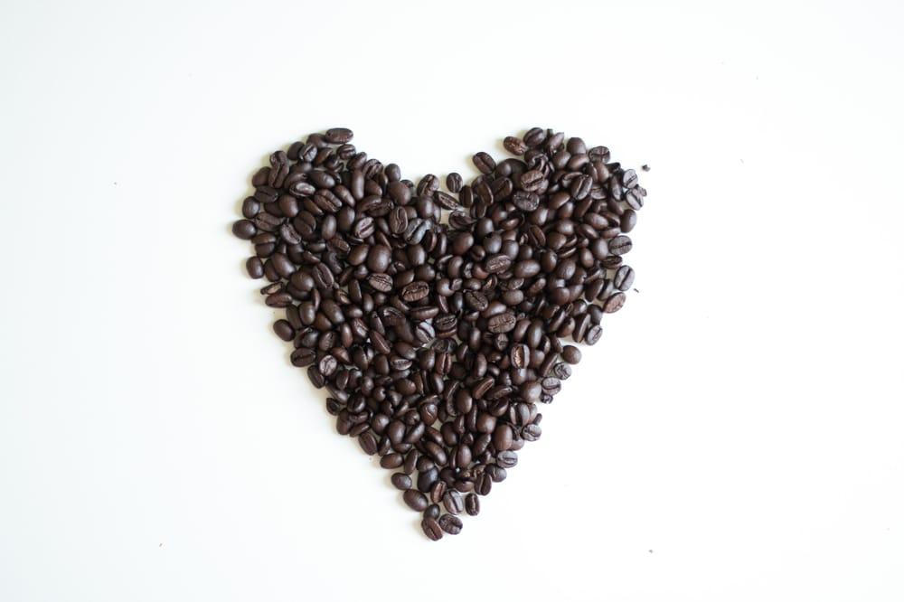 Brazilian coffee hand process - image 6 - student project