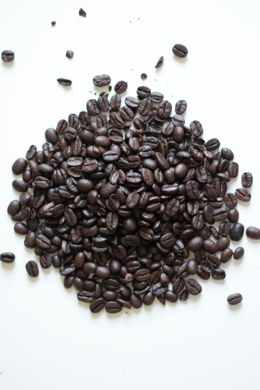 Brazilian coffee hand process - image 1 - student project