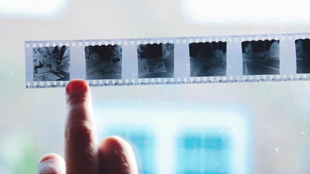 35 mm Matchbox Pinhole Camera - image 4 - student project