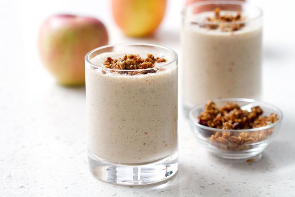 Apple PIe Smoothie - image 2 - student project