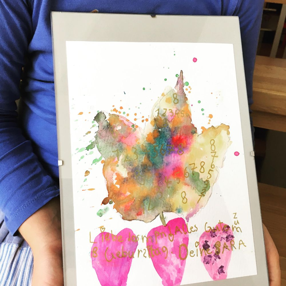 Painting Autumn Leaves as Kid's Activity - image 1 - student project