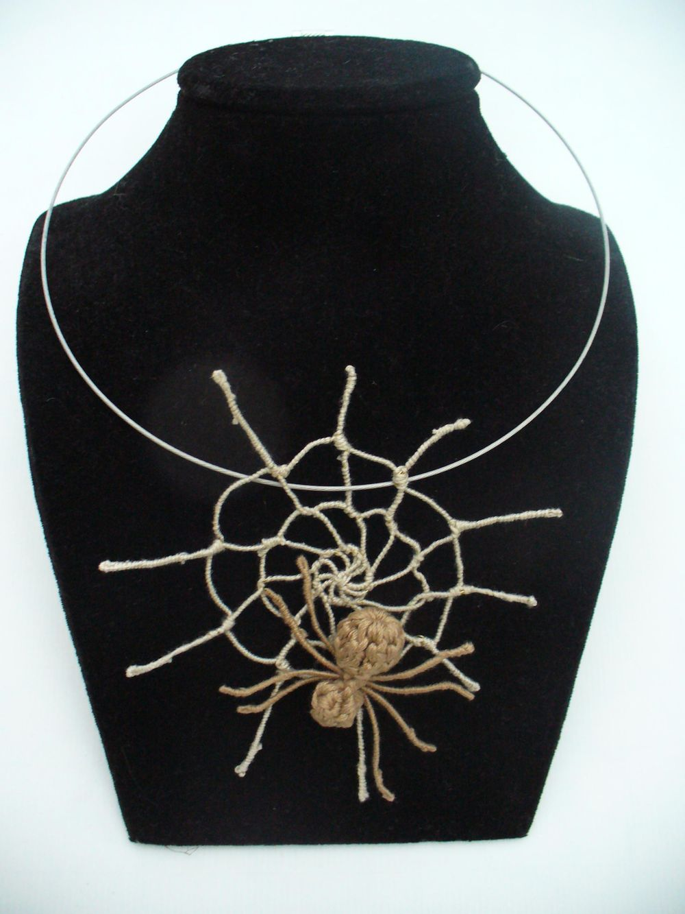 Spider's web jewelry - image 1 - student project