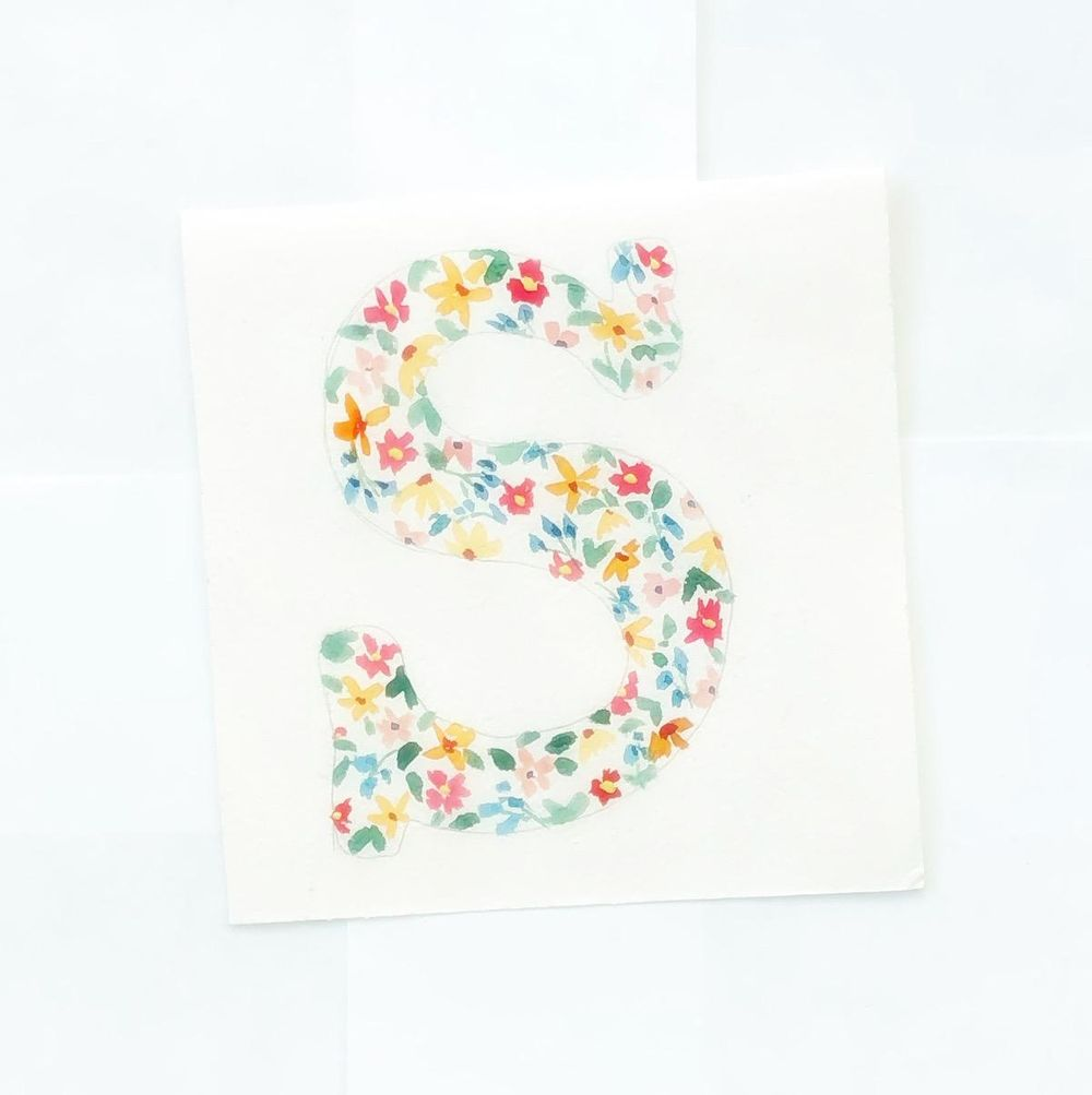 Watercolor floral letter - image 1 - student project