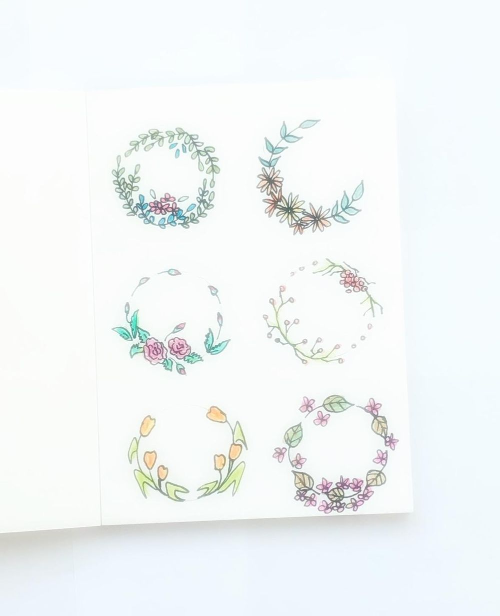 Doodled wreaths - image 1 - student project