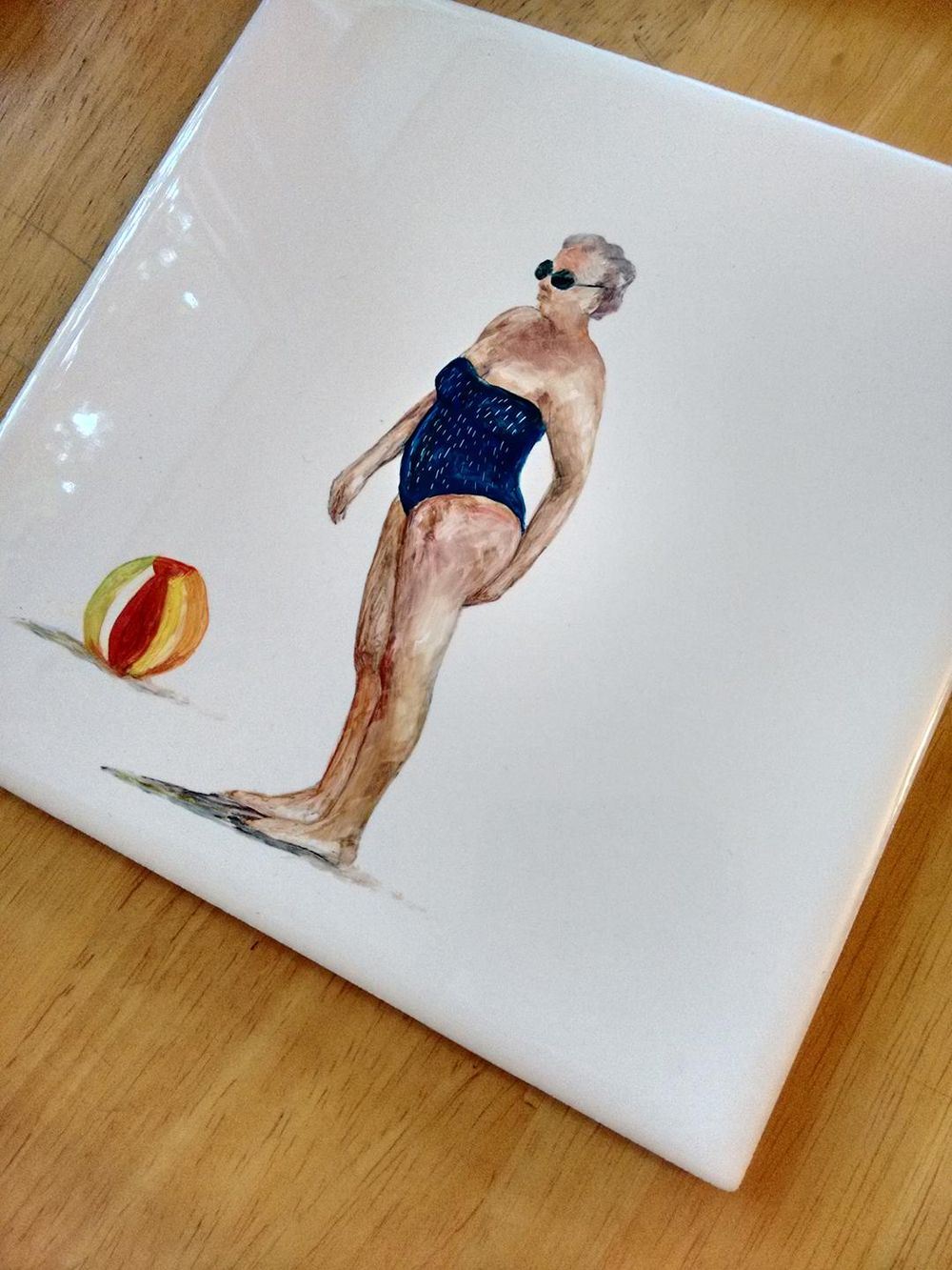 Lady with a beach ball - image 1 - student project
