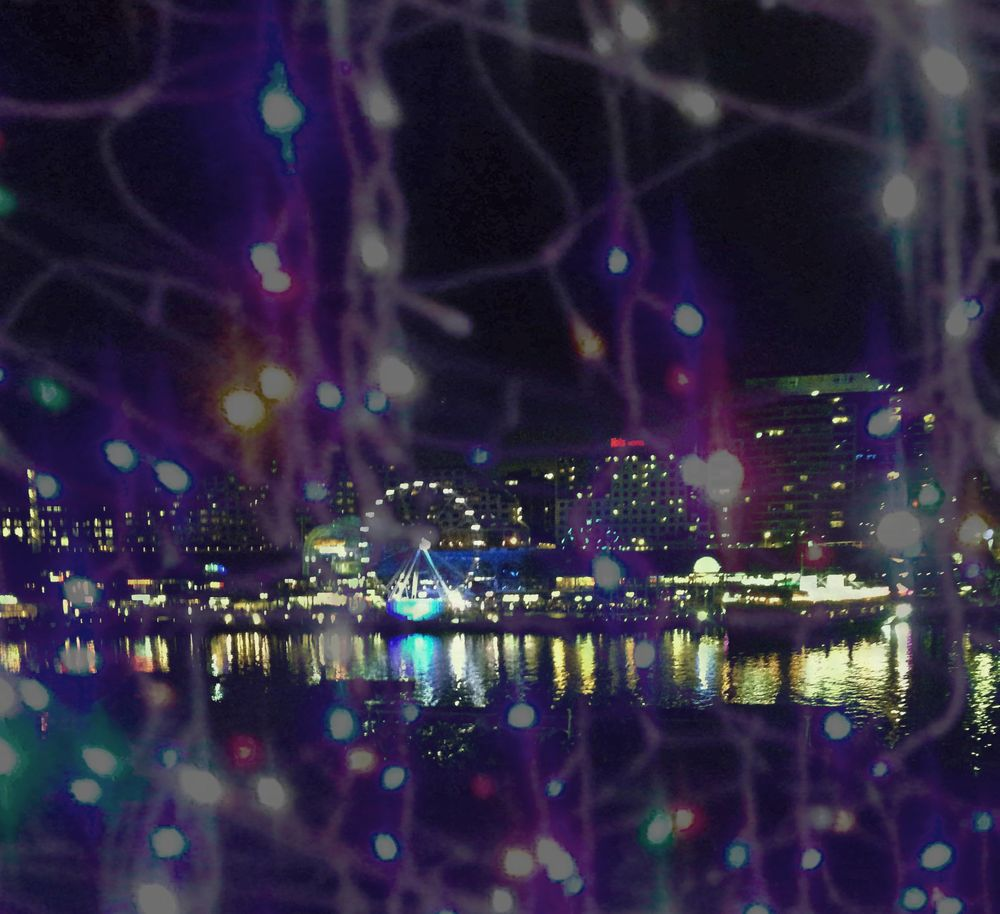 Darling Harbour Lights - image 1 - student project