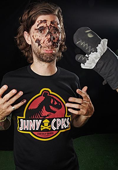 Phli Artistry meets Johnny Cupcakes - image 3 - student project