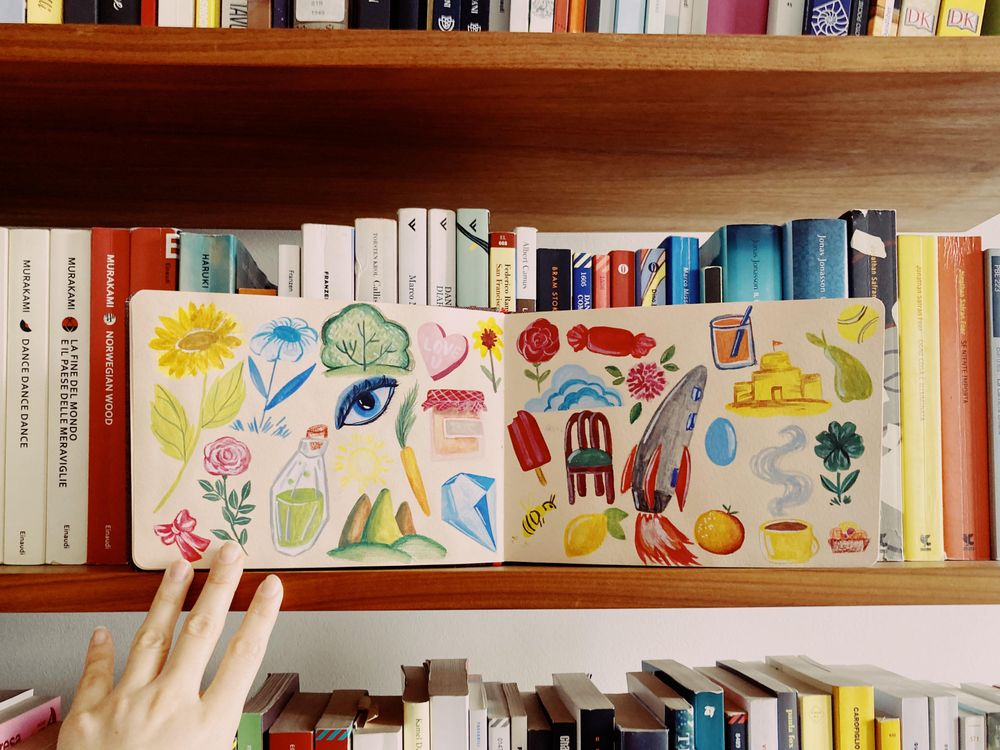 Gouache - Random objects - image 1 - student project