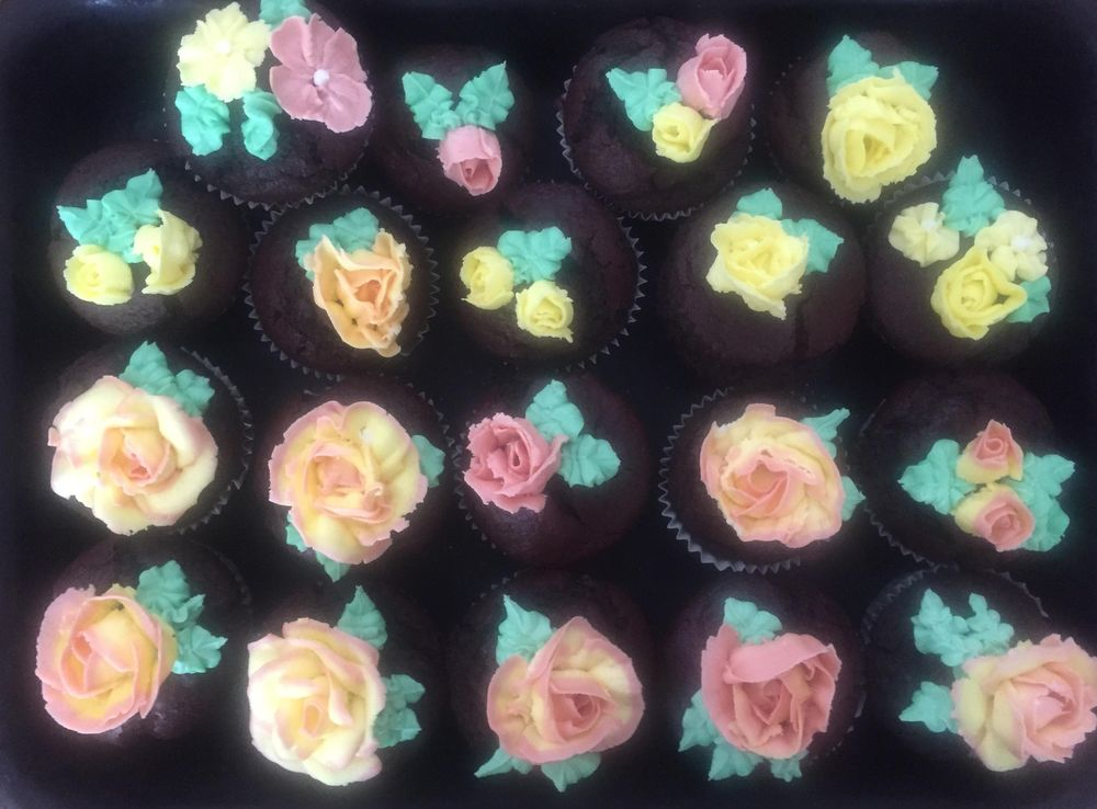 Butter Cream Roses - image 1 - student project