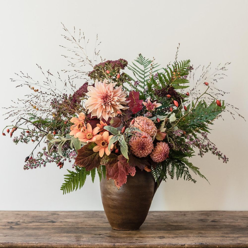 From Garden to Vase, celebrating my last Dahlias - image 2 - student project