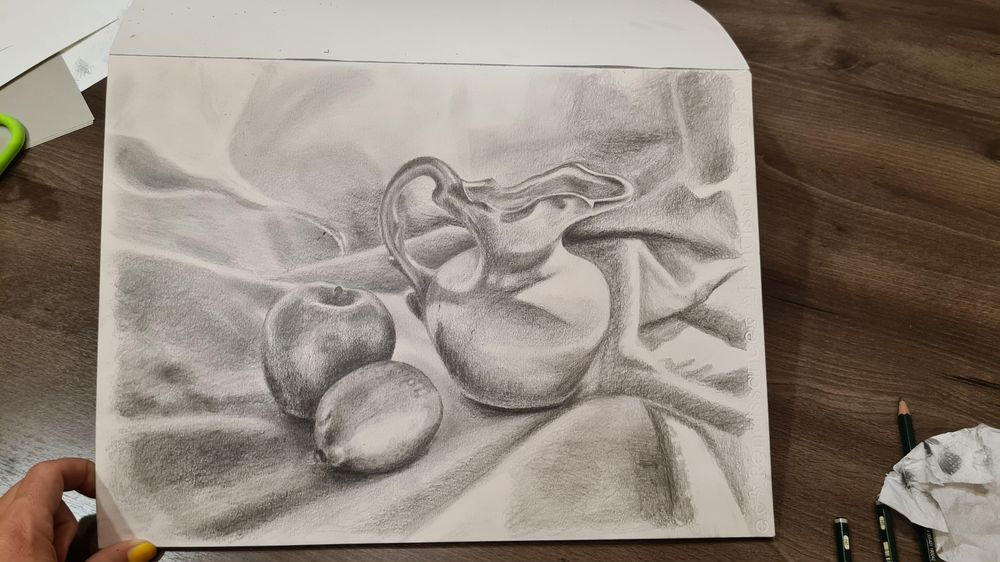 Vase and fruit still life! - image 2 - student project