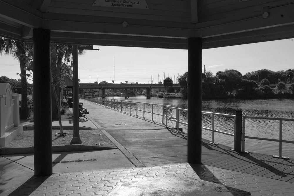Downtown Melbourne Black and White - image 1 - student project