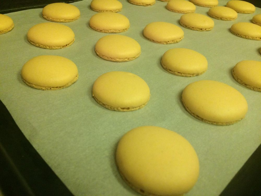 Macarons as gifts - image 2 - student project