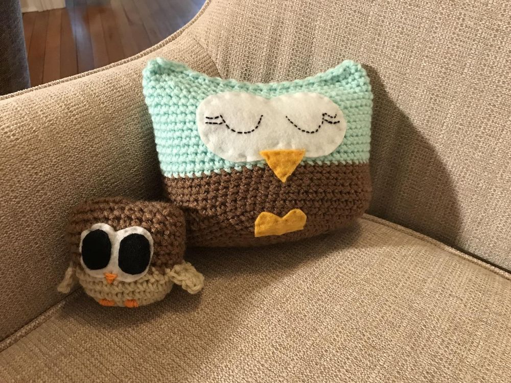 Mama owl and baby owl - image 2 - student project