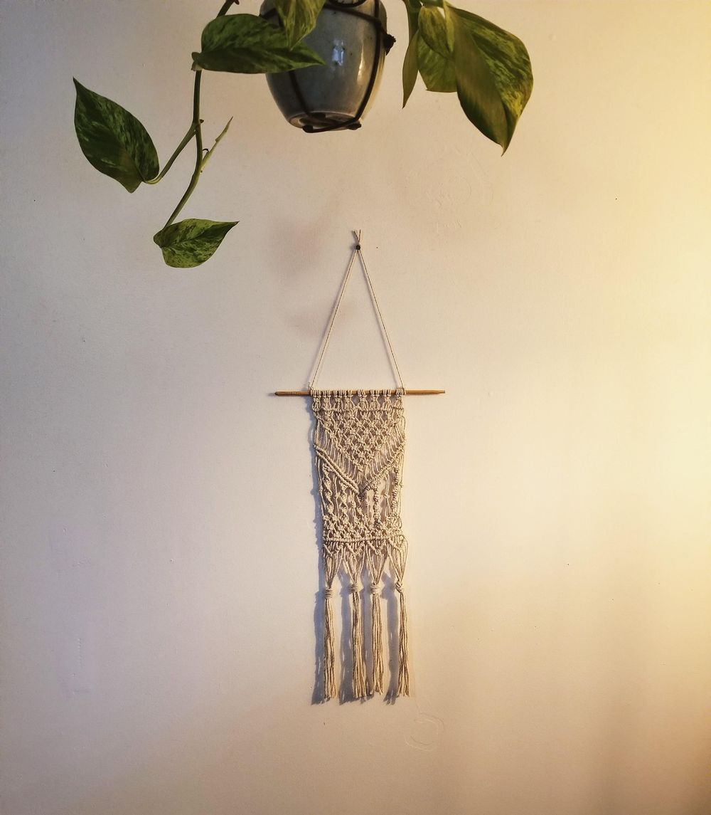 Learning Macrame - image 2 - student project