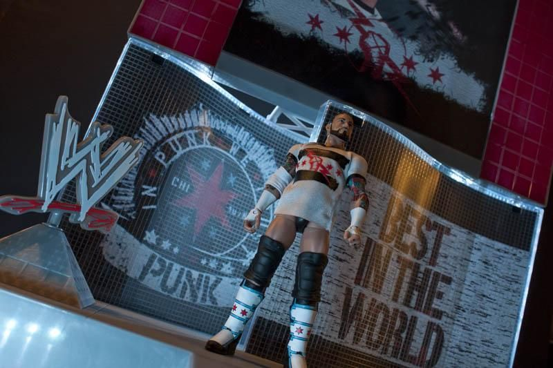 Action Figure Photography - image 1 - student project