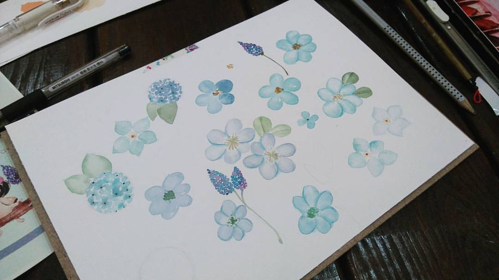 Blue Floral Pattern - image 1 - student project