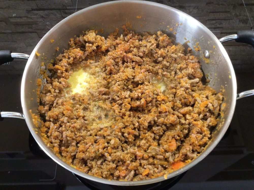 Pasta alla Bolognese: fresh flavours and a simple recipe for authentic Italian taste - image 9 - student project
