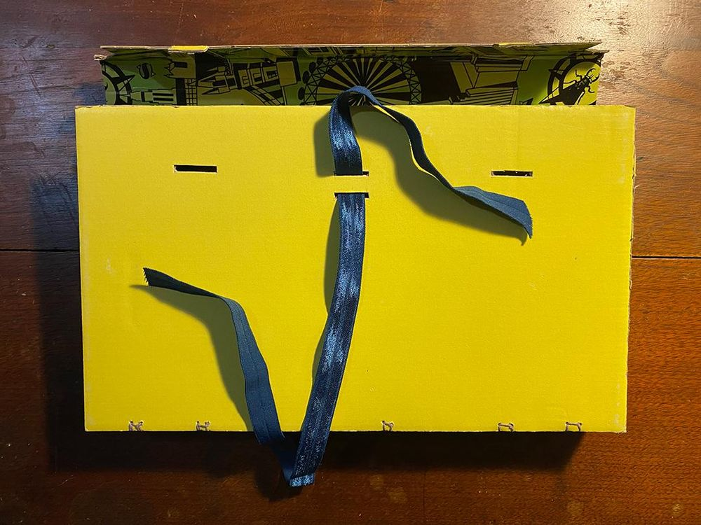 FLY LONDON Shoe Box Sketchbooks - image 3 - student project