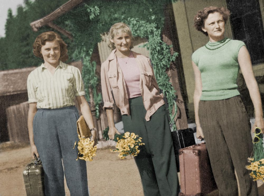 Colorize Photo - image 1 - student project