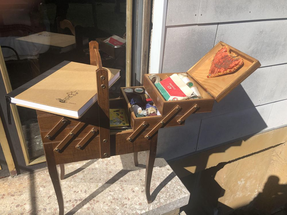 Grandma's Wooden Foldable Sewing Chest - image 1 - student project