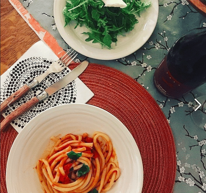 Pasta al Pomodoro Bucatini with Arugula Salad and a 2013 Langhe Nebbiolo - image 1 - student project