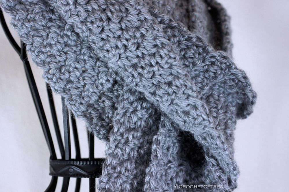 Simple Textures Scarf - image 2 - student project