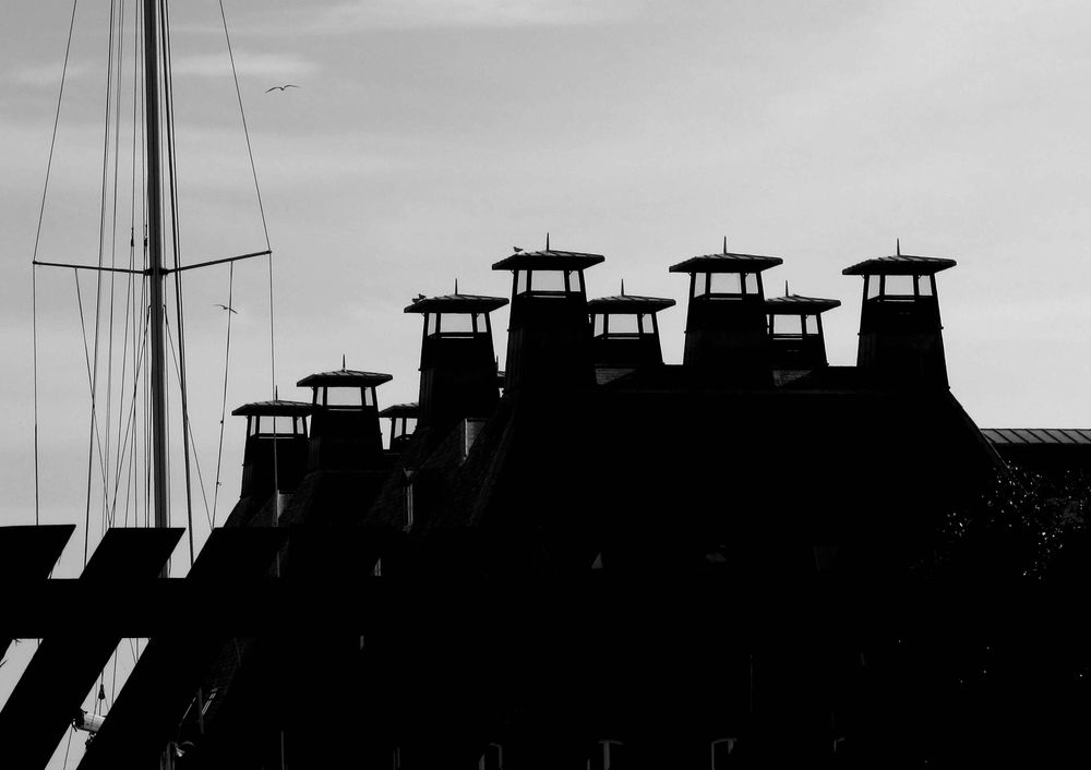 Week 3- Chimneys, mud and shadows - image 8 - student project