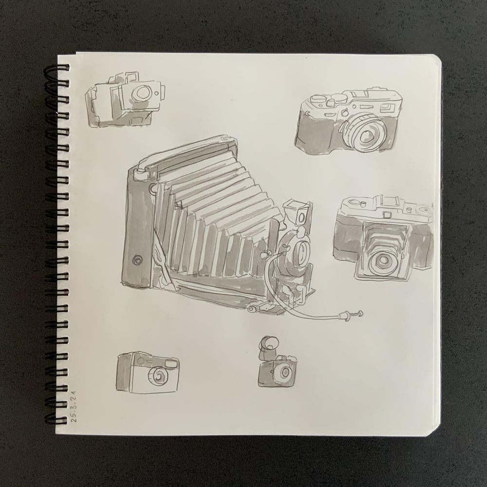 Having fun with my sketchbook - image 15 - student project