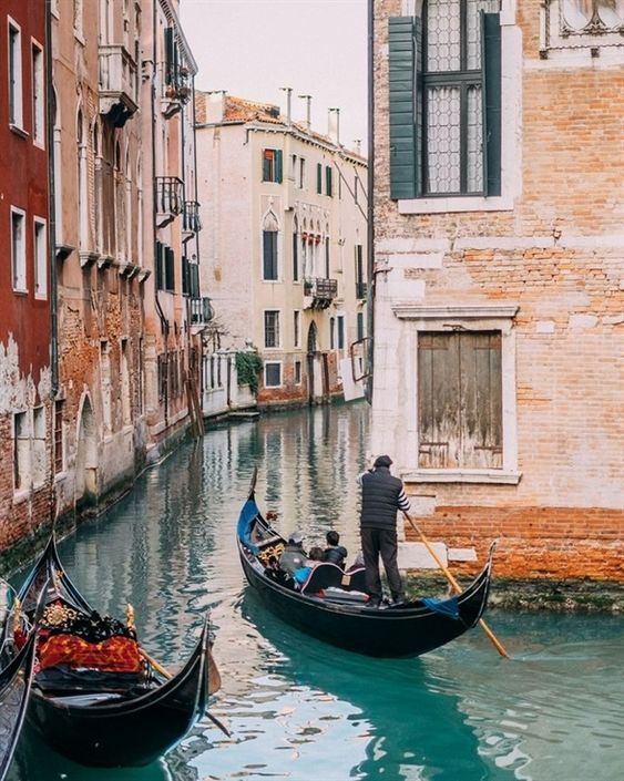 Urban Sketching - Venice - 20190421 - image 2 - student project