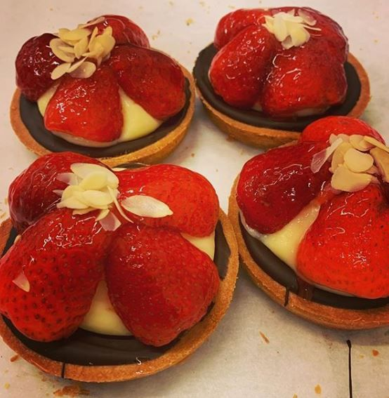 strawberry cakes - image 1 - student project