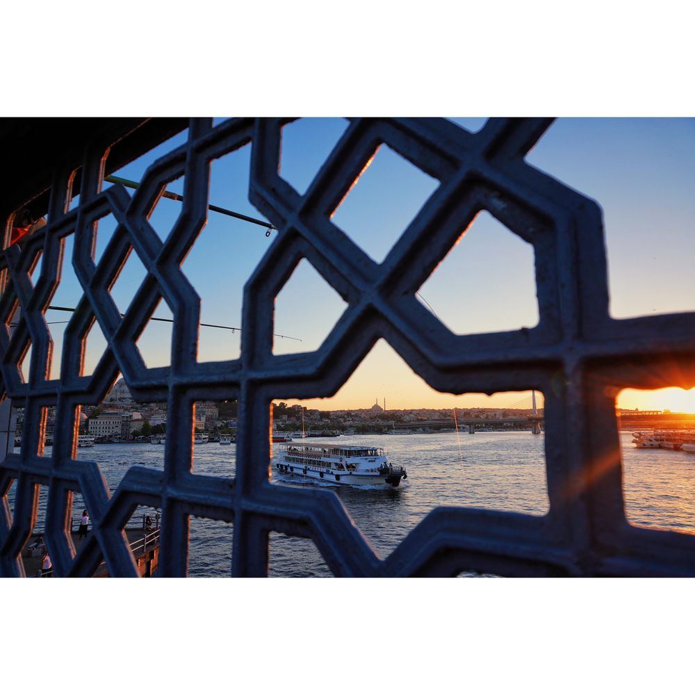 The Sunsets in Istanbul - image 4 - student project