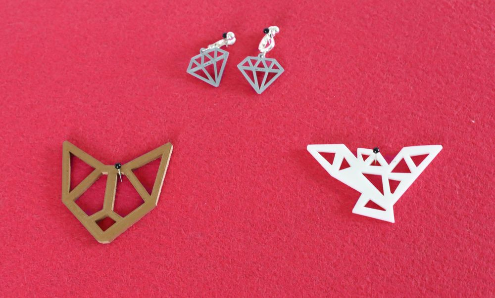 Printed Jewelry, modeled in Blender - image 4 - student project