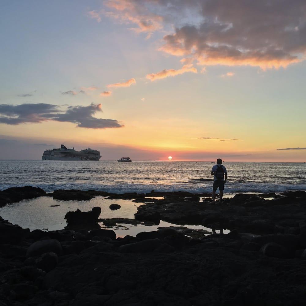 Hawaiian Sunset - image 2 - student project