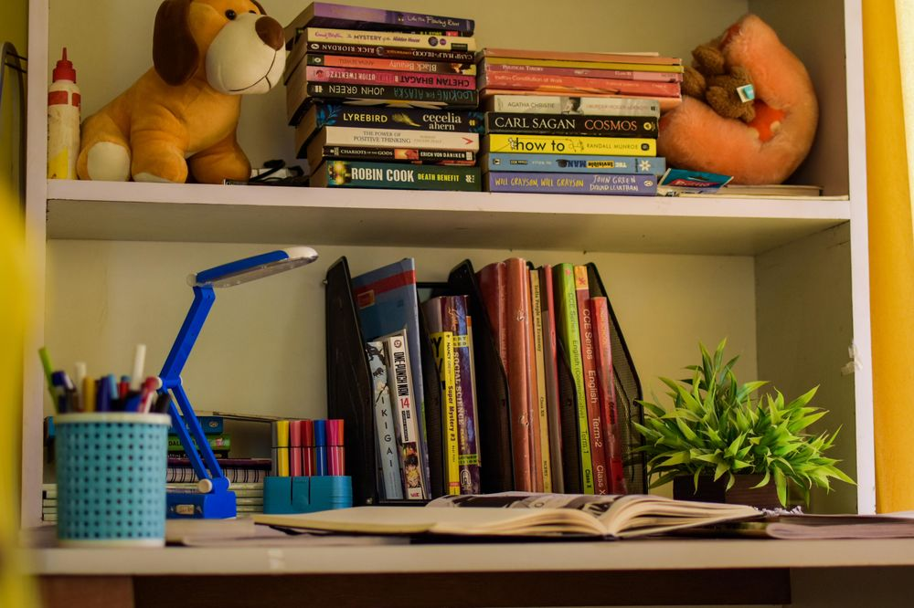 Study table - image 1 - student project