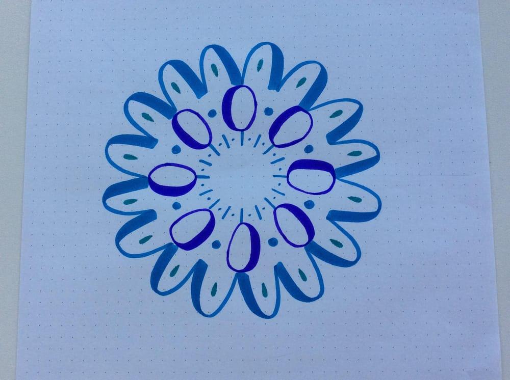 Mandala con trazos básicos de lettering - image 3 - student project