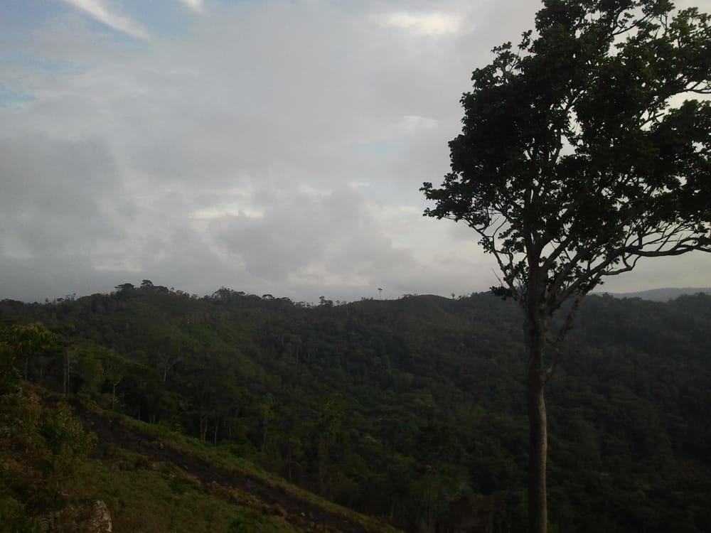 Mountain Walk in Paramakatoi  - image 3 - student project