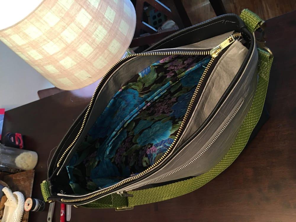 Designing & Constructing a Handbag - image 3 - student project